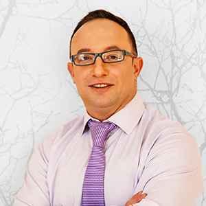 Dr Yaniv Lacob